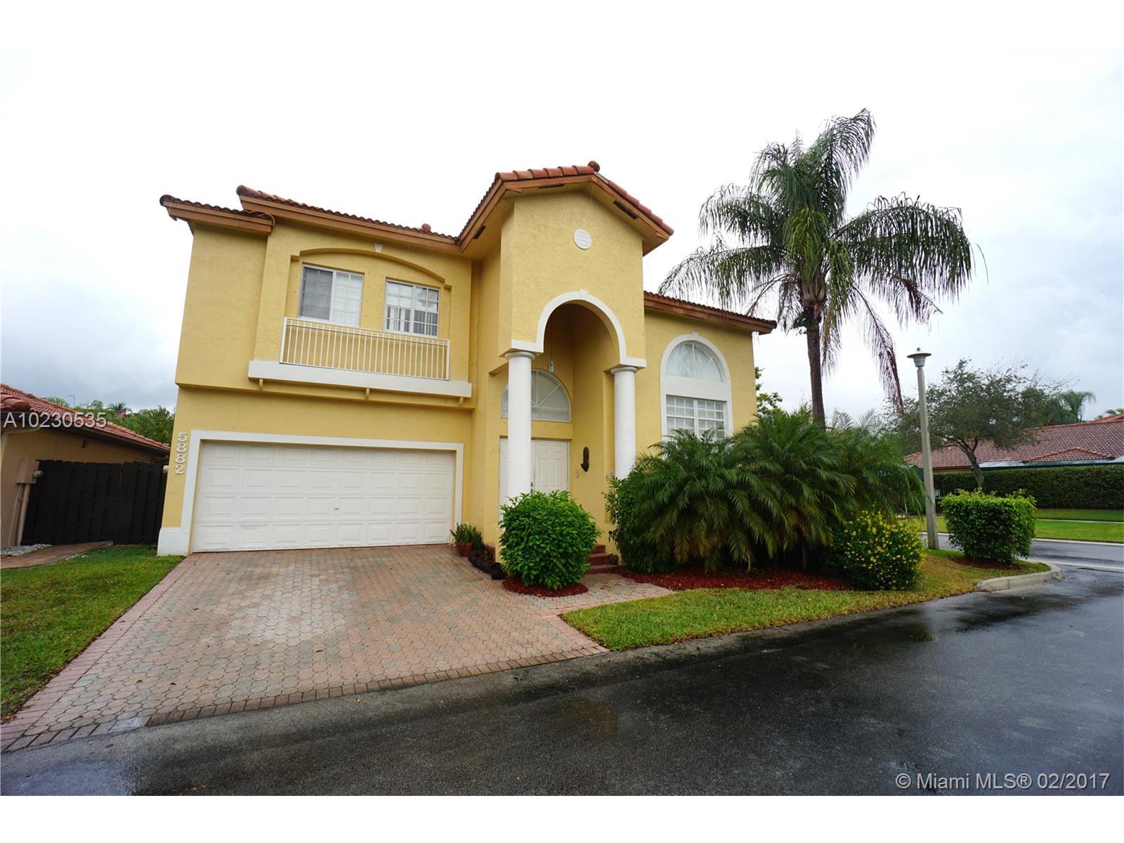 Casa A La Venta En Miami Doral Isles Cayman Geobienes