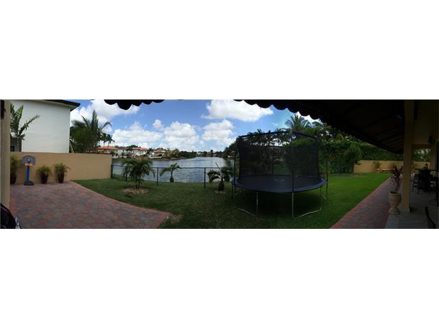 Villa Bellini In Miami Lakes