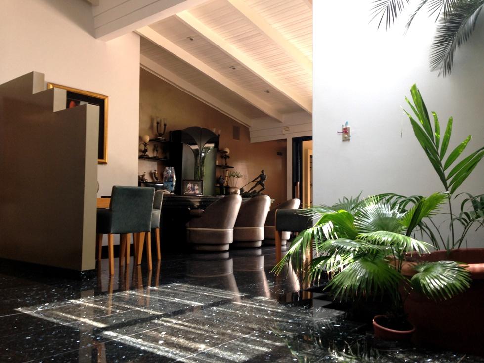 Casa En Venta En La Ciudadela Los Ceibos Guayaquil Geobienes