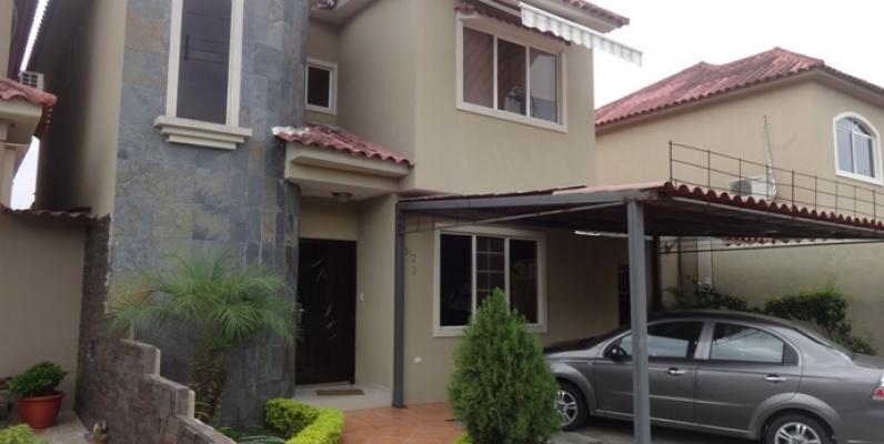 Casa En Venta Via A La Costa Guayaquil Vendo Una Casa En