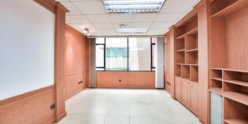GeoBienes - Alquiler de Oficinas en Edificio Professional Center - Plusvalia Guayaquil Casas de venta y alquiler Inmobiliaria Ecuador