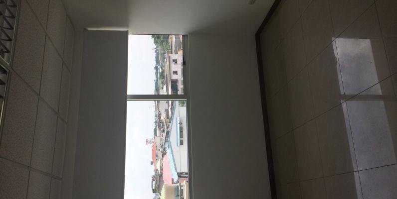 GeoBienes - Oficina de 60mt2 de Arriendo en Trade Building sector Mall del Sol - Guayaquil - Plusvalia Guayaquil Casas de venta y alquiler Inmobiliaria Ecuador