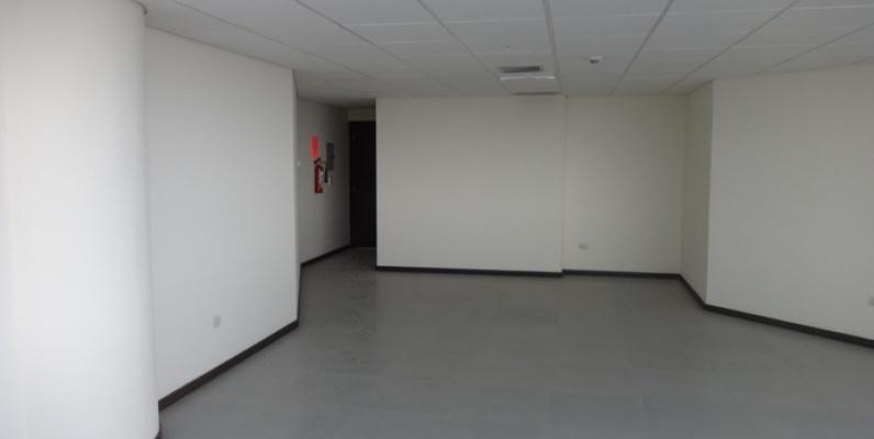 GeoBienes - Alquilo oficina en The Point, 62m2 con parqueo. - Plusvalia Guayaquil Casas de venta y alquiler Inmobiliaria Ecuador