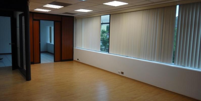 GeoBienes - Alquilo oficina en Torres del Norte, Guayaquil - Plusvalia Guayaquil Casas de venta y alquiler Inmobiliaria Ecuador