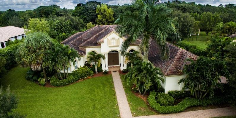 GeoBienes - Casa a la Venta en Davie-Grove Creek - Plusvalia Guayaquil Casas de venta y alquiler Inmobiliaria Ecuador