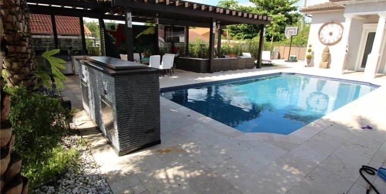 GeoBienes - Casa a la venta en DORAL, Vanderbilt Park - Plusvalia Guayaquil Casas de venta y alquiler Inmobiliaria Ecuador