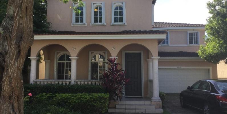 GeoBienes - Casa a la Venta en Miami - Homestead - Plusvalia Guayaquil Casas de venta y alquiler Inmobiliaria Ecuador