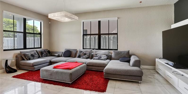 GeoBienes - Casa a la Venta en Miami_ Las Ramblas - Plusvalia Guayaquil Casas de venta y alquiler Inmobiliaria Ecuador