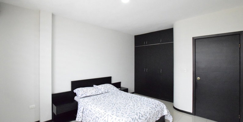 GeoBienes - Casa amoblada en alquiler en la Urbanización San Sebastián, Vía Samborondón - Plusvalia Guayaquil Casas de venta y alquiler Inmobiliaria Ecuador