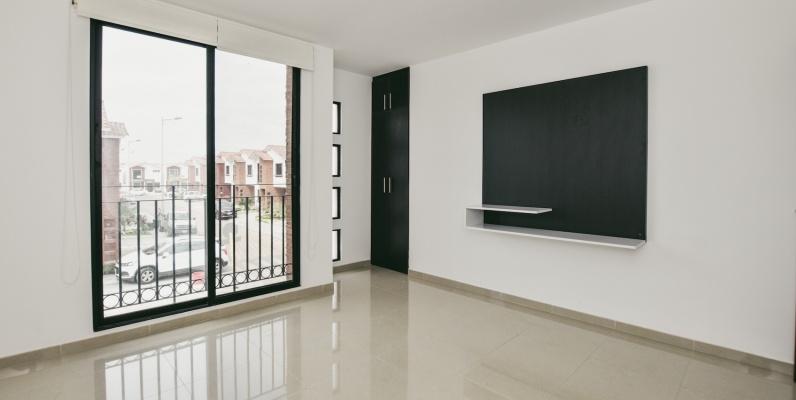 GeoBienes - Casa en alquiler en la Urbanización Napoli, Vía Samborondón - Plusvalia Guayaquil Casas de venta y alquiler Inmobiliaria Ecuador