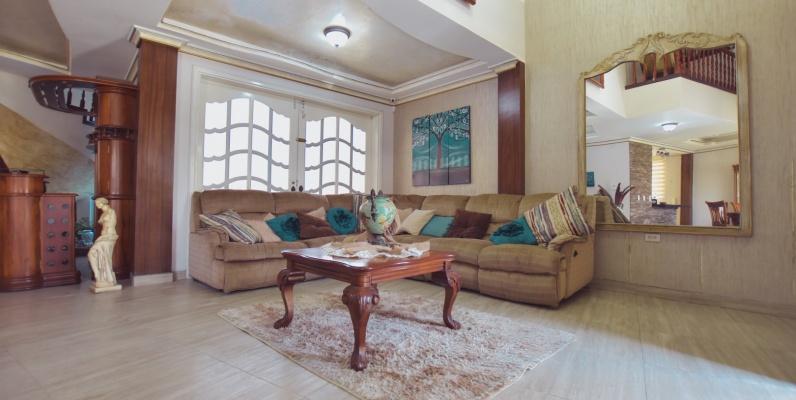 GeoBienes - Casa en alquiler en la Urbanización Santa María de Casa Grande, Vía Samborondón - Plusvalia Guayaquil Casas de venta y alquiler Inmobiliaria Ecuador