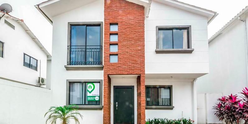GeoBienes - Casa en alquiler en Urbanización Napoli vía a Samborondón - Plusvalia Guayaquil Casas de venta y alquiler Inmobiliaria Ecuador