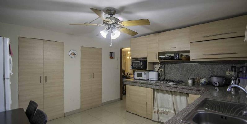 GeoBienes - Casa en Alquiler en Urdesa, calle Cedros Norte de Guayaquil - Plusvalia Guayaquil Casas de venta y alquiler Inmobiliaria Ecuador