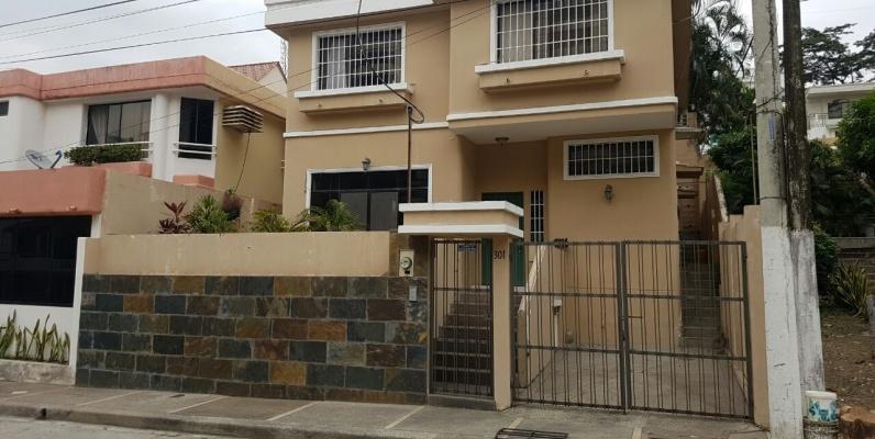 Casa en venta ceibos norte guayaquil geobienes for Casas con piscina guayaquil