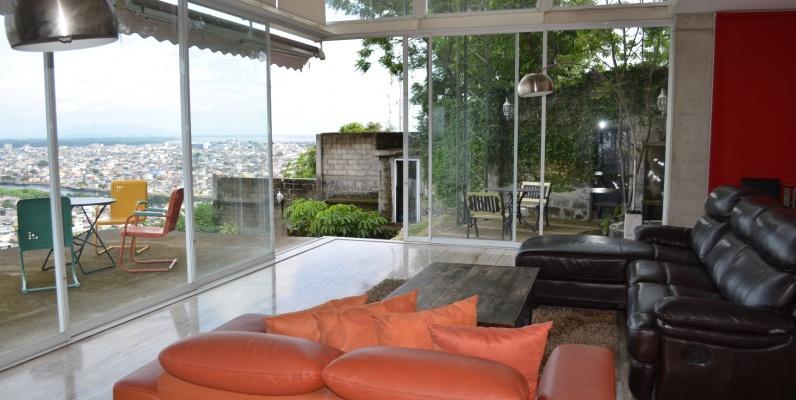 GeoBienes - Casa en venta en urbanización Bellavista sector centro sur   - Plusvalia Guayaquil Casas de venta y alquiler Inmobiliaria Ecuador