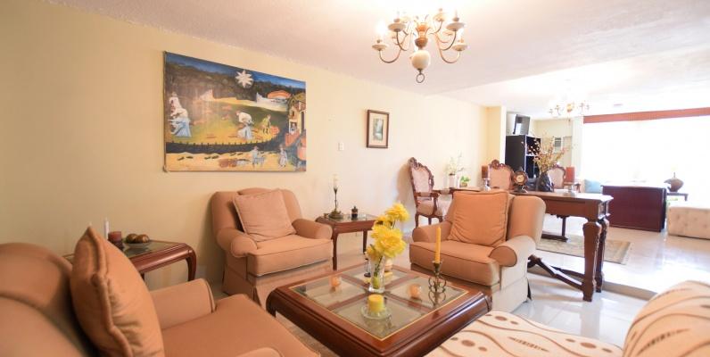 GeoBienes - Casa en venta ubicada en Santa Cecilia, Los Ceibos - Plusvalia Guayaquil Casas de venta y alquiler Inmobiliaria Ecuador