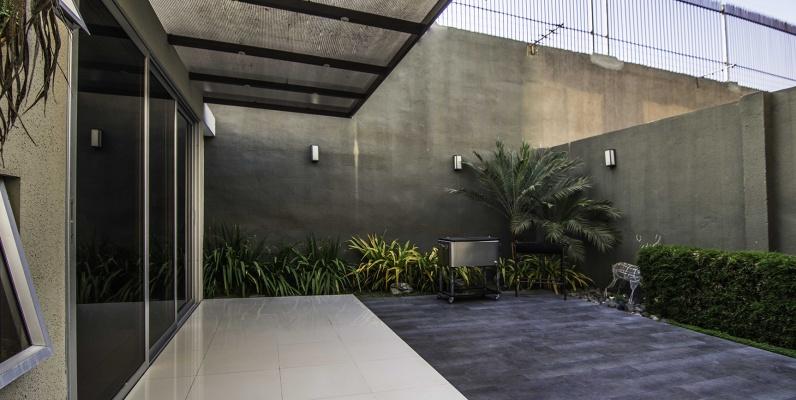 GeoBienes - Casa en venta Urb. San Sebastían, Samborondón - Plusvalia Guayaquil Casas de venta y alquiler Inmobiliaria Ecuador