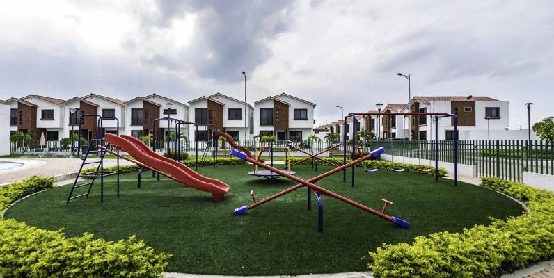 GeoBienes - Casa en Venta Urbanización Napoli - Vía Samborondón - Plusvalia Guayaquil Casas de venta y alquiler Inmobiliaria Ecuador