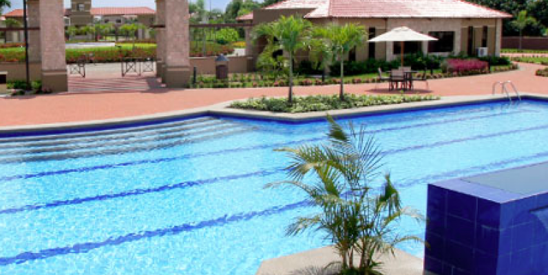 Ciudad celeste samborondon casa en venta guayaquil ecuador for Casas con piscina guayaquil