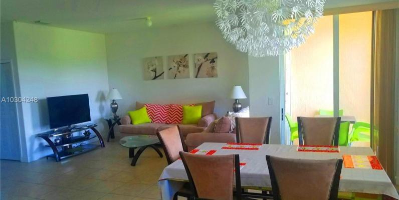 GeoBienes - Departamento a la Venta en Las Sevillas Miami Florida - Plusvalia Guayaquil Casas de venta y alquiler Inmobiliaria Ecuador