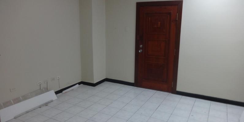 GeoBienes - Oficina de alquiler en el centro de Guayaquil, Av. 9 de Octubre - Plusvalia Guayaquil Casas de venta y alquiler Inmobiliaria Ecuador