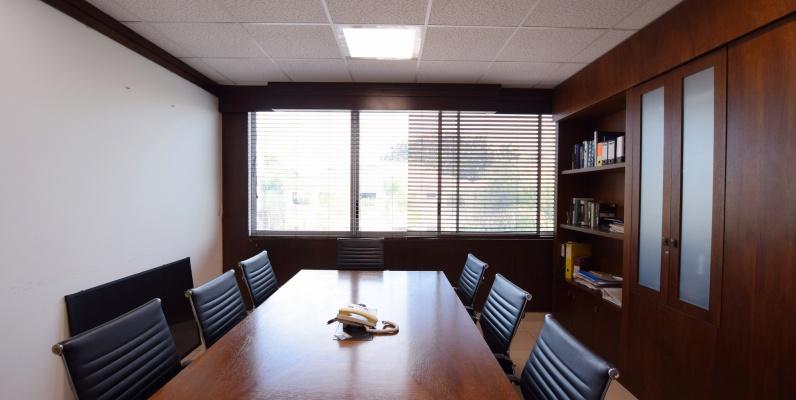 GeoBienes - Oficina en alquiler en el Edificio SBC Office Center, Vía Samborondón - Plusvalia Guayaquil Casas de venta y alquiler Inmobiliaria Ecuador