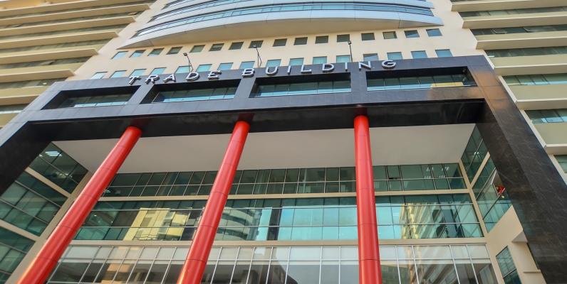 GeoBienes - Oficina en alquiler en Trade Building sector norte de Guayaquil - Plusvalia Guayaquil Casas de venta y alquiler Inmobiliaria Ecuador