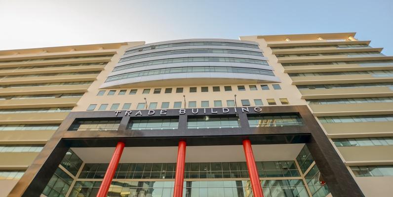 GeoBienes - Oficina en venta en Trade Building sector norte de Guayaquil - Plusvalia Guayaquil Casas de venta y alquiler Inmobiliaria Ecuador