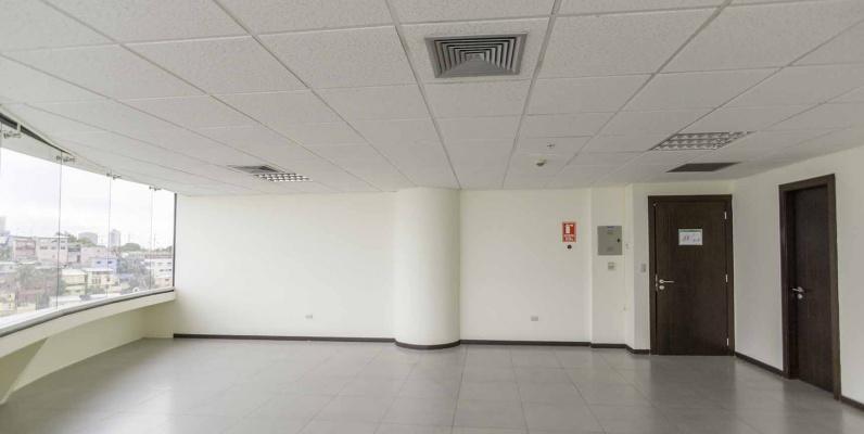GeoBienes - Oficina en Venta en Edificio The Point, Puerto Santa Ana, Guayaquil - Plusvalia Guayaquil Casas de venta y alquiler Inmobiliaria Ecuador