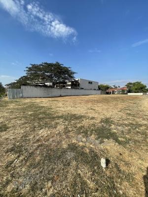 GeoBienes - Terreno en venta ubicado en la urbanización Guayaquil Tenis, frente al río - Plusvalia Guayaquil Casas de venta y alquiler Inmobiliaria Ecuador
