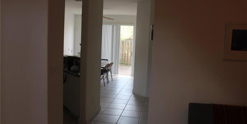 GeoBienes - Townhouse a la Venta en MIAMI - Fontainebleau Las Ramblas - Plusvalia Guayaquil Casas de venta y alquiler Inmobiliaria Ecuador