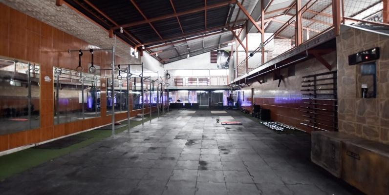 GeoBienes - Venta de Galpón en zona comercial de la Alborada, Guayaquil, Ecuador - Plusvalia Guayaquil Casas de venta y alquiler Inmobiliaria Ecuador