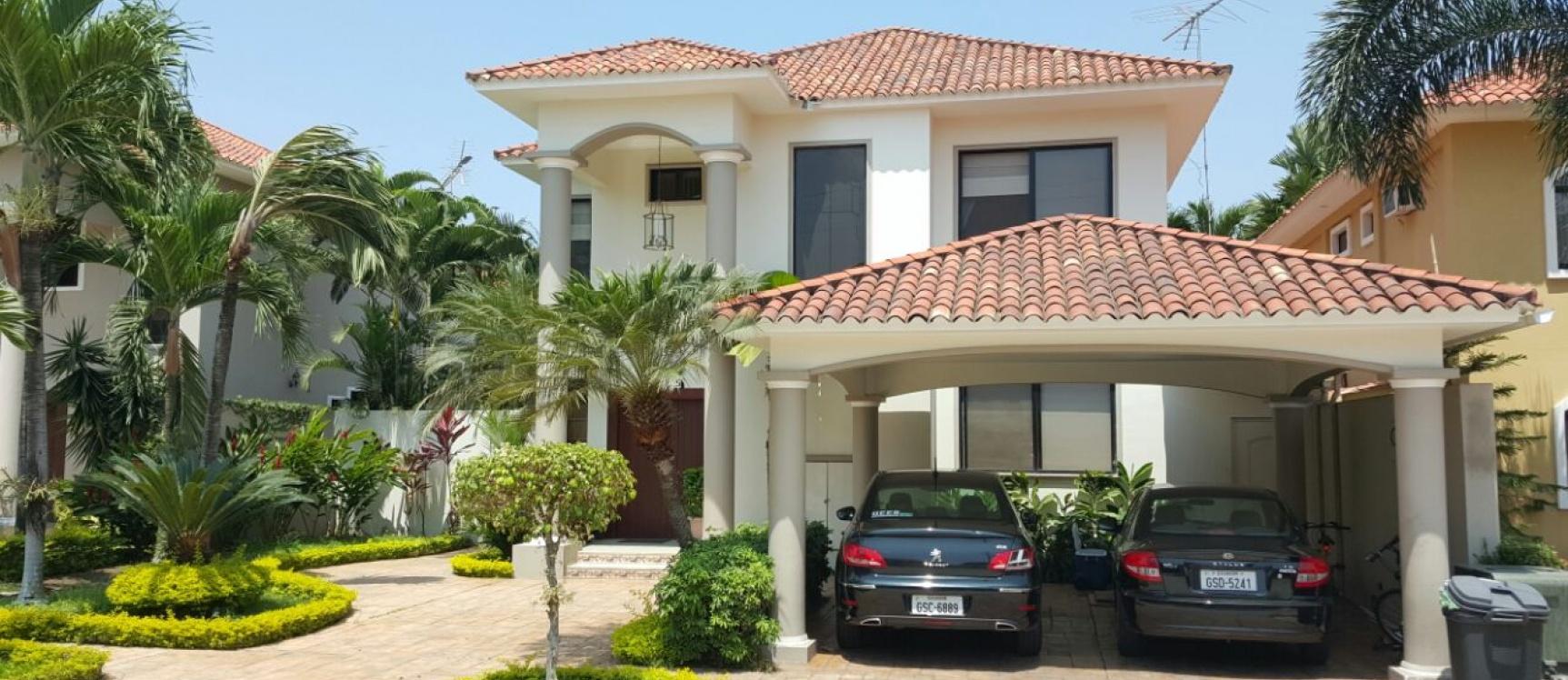 GeoBienes - Alquilo casa en Samborondon, Estancias Del Rio - Plusvalia Guayaquil Casas de venta y alquiler Inmobiliaria Ecuador