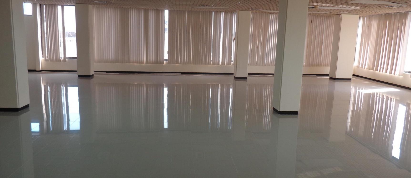 GeoBienes - Alquilo oficina en Pedro Carbo Y Velez, centro de Guayaquil - Plusvalia Guayaquil Casas de venta y alquiler Inmobiliaria Ecuador