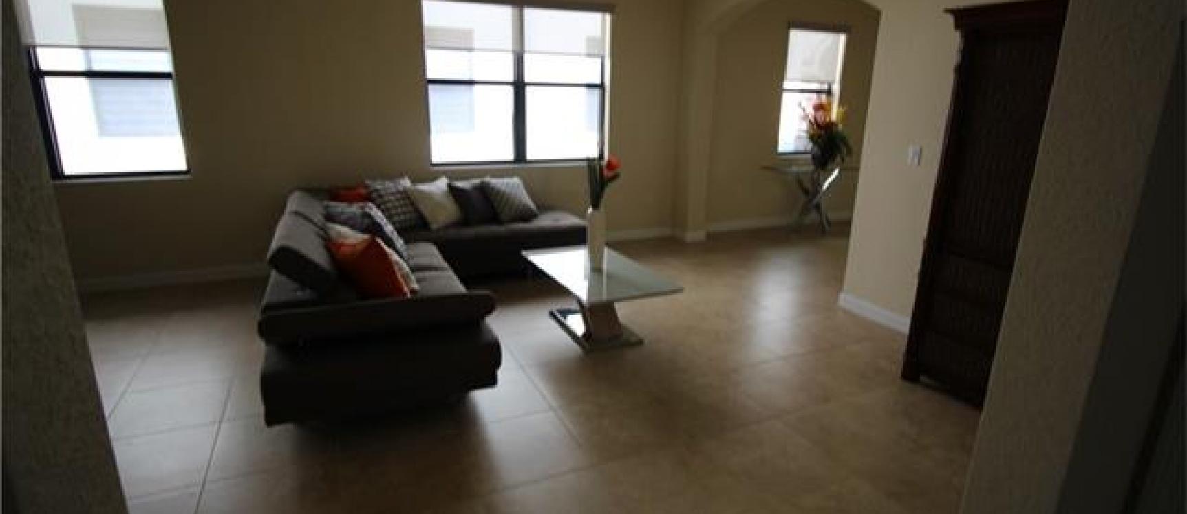GeoBienes - Casa a la Venta en MIAMI, Ciudadela Bellagio - Plusvalia Guayaquil Casas de venta y alquiler Inmobiliaria Ecuador