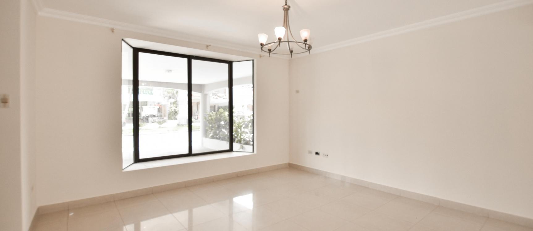 GeoBienes - Casa en alquiler en Urb. Camino del Río, Vía Samborondón km3 - Plusvalia Guayaquil Casas de venta y alquiler Inmobiliaria Ecuador