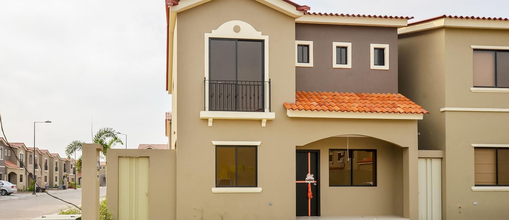 Casa En Alquiler En Urbanizaci N La Romareda Sector Norte