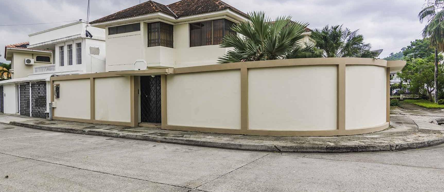GeoBienes - Casa en Venta en Colinas de Los Ceibos, Guayaquil - Plusvalia Guayaquil Casas de venta y alquiler Inmobiliaria Ecuador