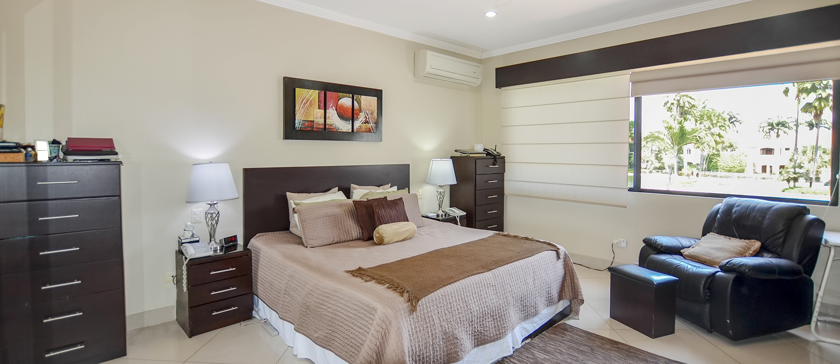 GeoBienes - Casa en venta en Lago Sol sector vía a Samborondón - Plusvalia Guayaquil Casas de venta y alquiler Inmobiliaria Ecuador