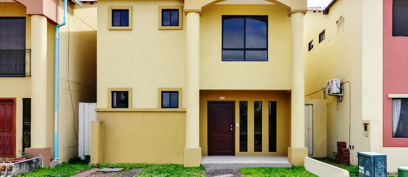GeoBienes - Casa en venta en Villa Club sector Vía Samborondón - Plusvalia Guayaquil Casas de venta y alquiler Inmobiliaria Ecuador