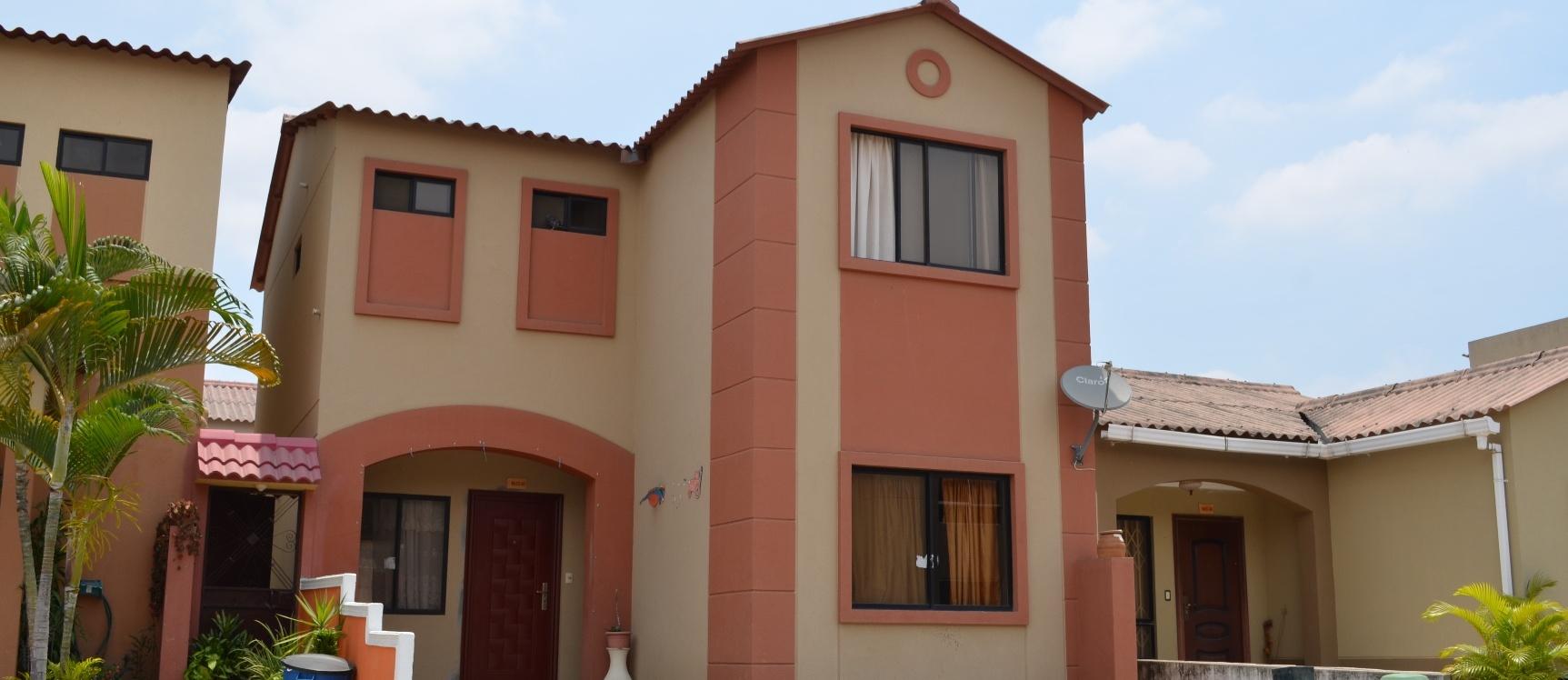 GeoBienes - Casa en Venta Villa Club Etapa Galaxia - Via Daule Samborondon  - Plusvalia Guayaquil Casas de venta y alquiler Inmobiliaria Ecuador