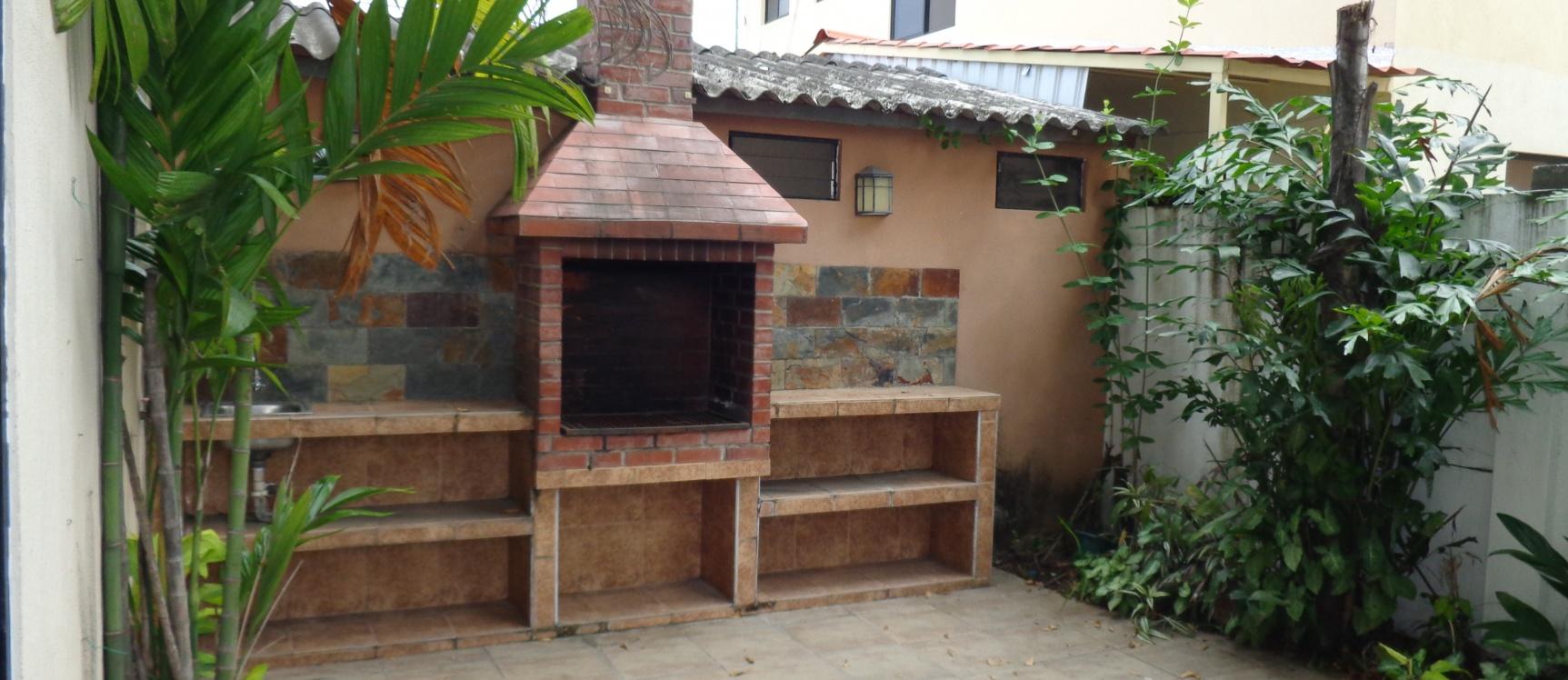Casa moderna en venta urb volare samborond n guayaquil for Casa moderna 80m2