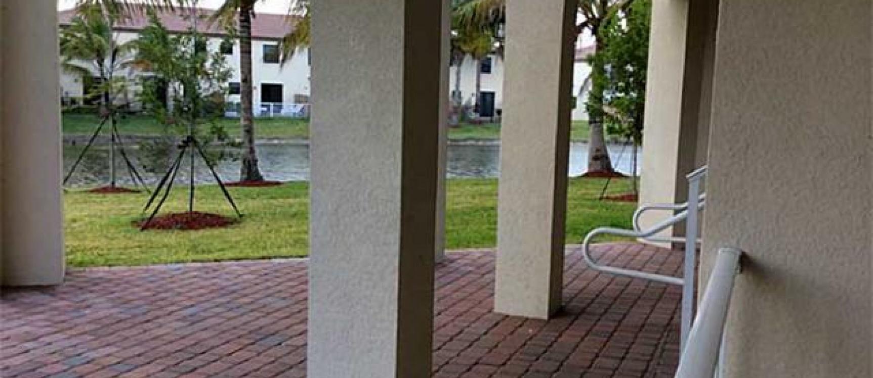 GeoBienes - Departamento #103 en St. Maarten DORAL-MIAMI - Plusvalia Guayaquil Casas de venta y alquiler Inmobiliaria Ecuador