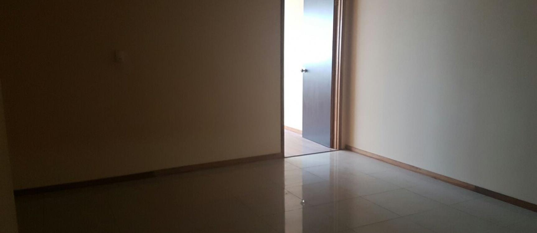 GeoBienes - Oficina en alquiler ubicado en Trade Building, Guayaquil. - Plusvalia Guayaquil Casas de venta y alquiler Inmobiliaria Ecuador