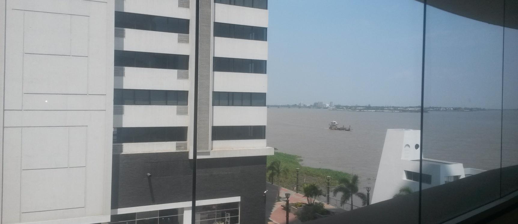 Oficina De Alquiler En Ciudad Del Rio Emporium Guayaquil