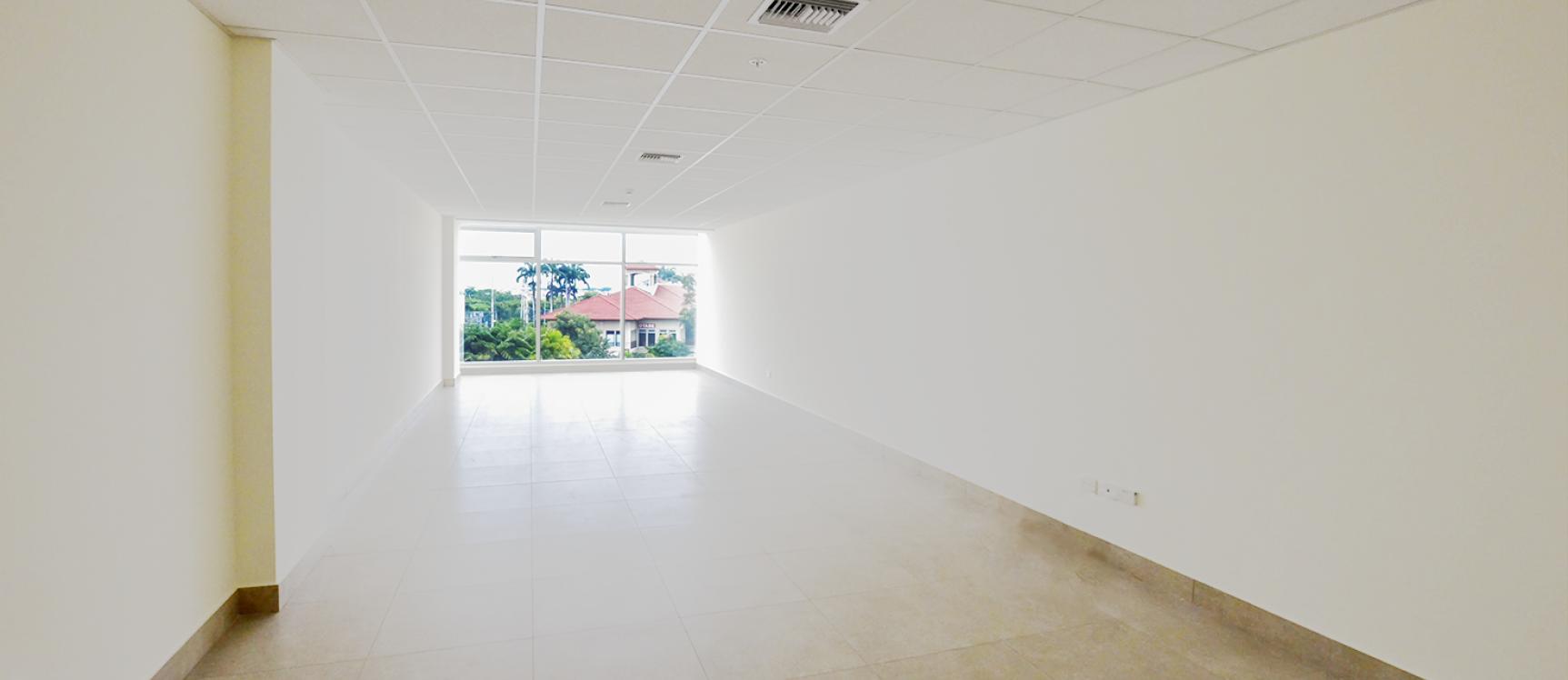 GeoBienes - Oficina en alquiler en Los Arcos Plaza sector Samborondón - Plusvalia Guayaquil Casas de venta y alquiler Inmobiliaria Ecuador