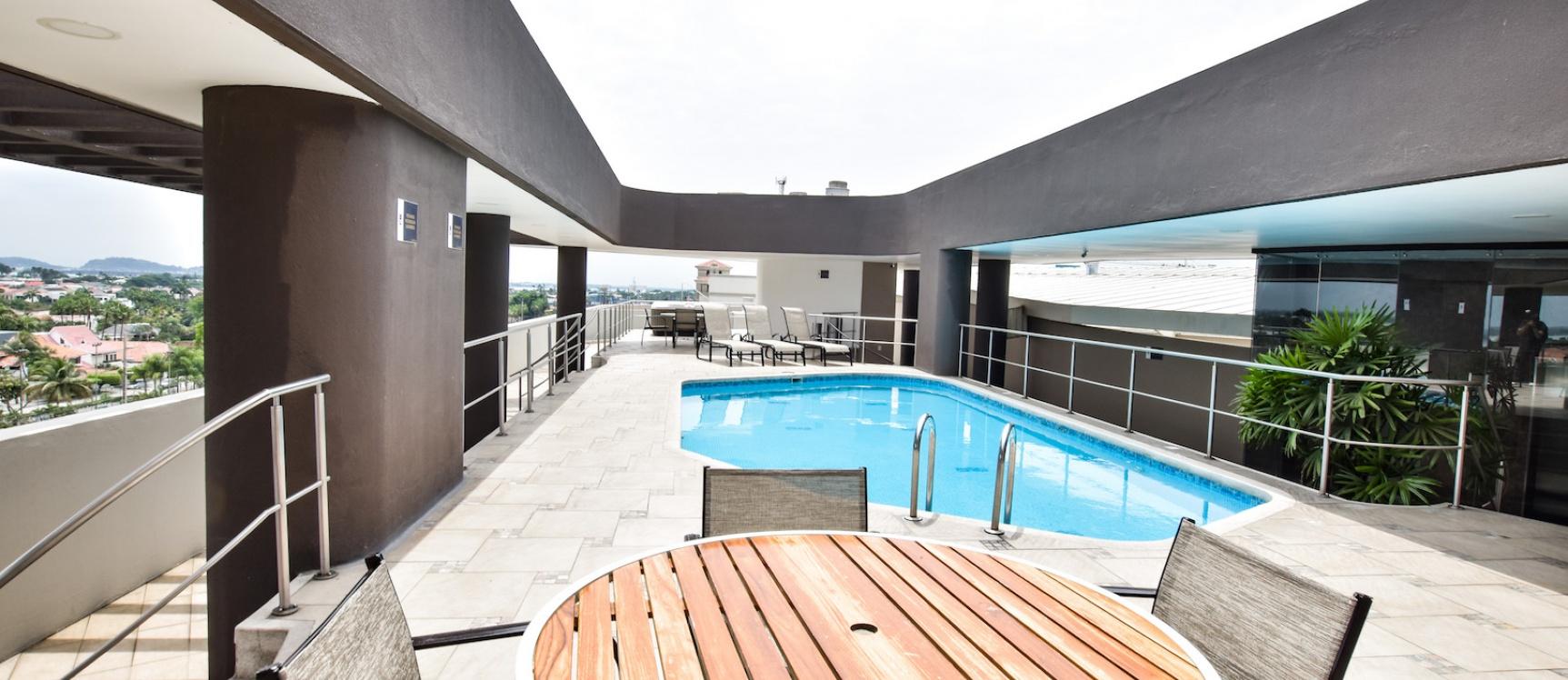 GeoBienes - Venta de suite en Samborondón Plaza - Plusvalia Guayaquil Casas de venta y alquiler Inmobiliaria Ecuador
