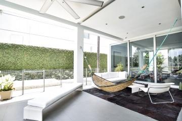 GeoBienes - Casa en venta en la Urbanización Castelago, Vía Samborondón - Plusvalia Guayaquil Casas de venta y alquiler Inmobiliaria Ecuador