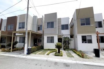 GeoBienes - Casa en venta en urbanización Castilla Via Samborondon  - Plusvalia Guayaquil Casas de venta y alquiler Inmobiliaria Ecuador
