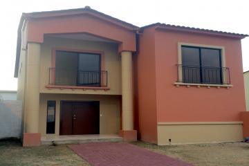 GeoBienes - Casa en Venta en Urbanización Villa Club Etapa Natura Samborondón - Plusvalia Guayaquil Casas de venta y alquiler Inmobiliaria Ecuador